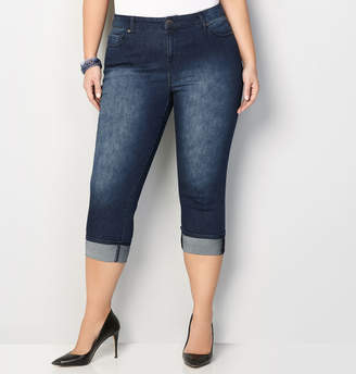 Avenue Cuffed Denim Capri in Dark Wash