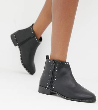 New Look Wide Fit Stud Flat Ankle Boot