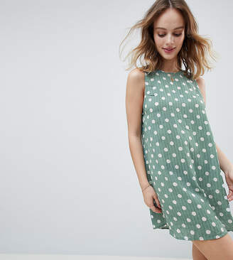Glamorous Petite Sleeveless Shift Dress With Tie Back In Polka Dot