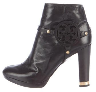 Tory Burch Tory Burch Round-Toe Leather Ankle Boots