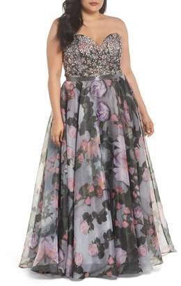 Mac Duggal Embellished Flora Strapless Sweetheart Gown