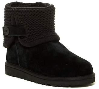 UGG Genuine Sheepskin Darrah Classic Boot (Little Kid & Big Kid)