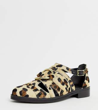 Asos Design DESIGN Wide Fit Villa premium leather flat shoes in leopard