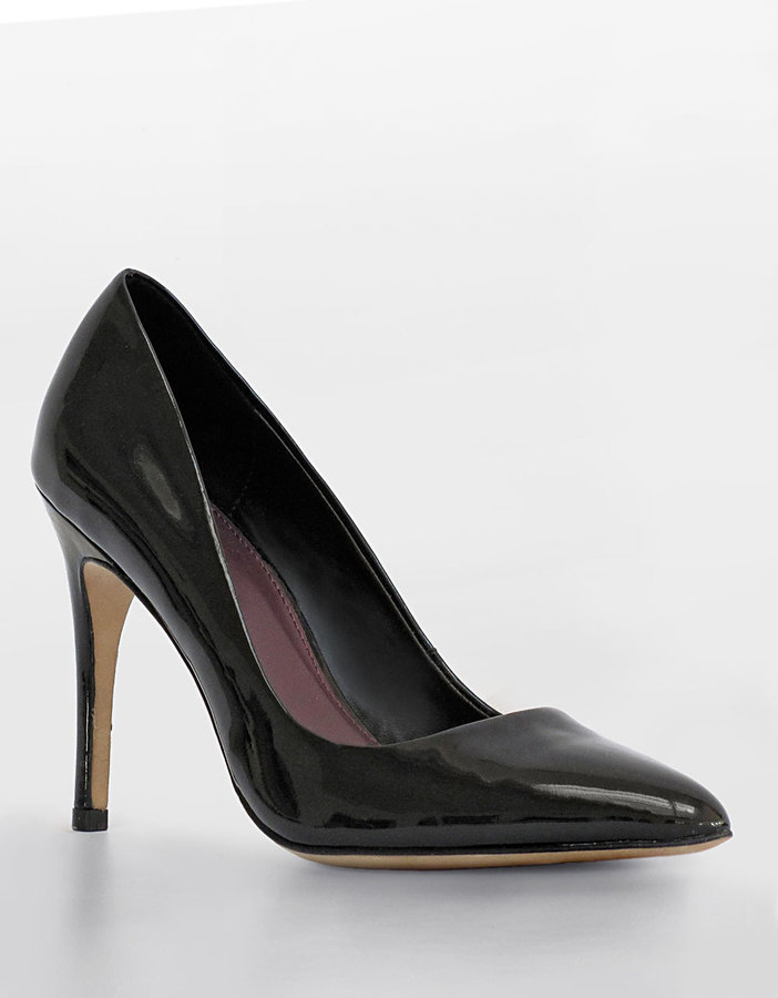 TRACY REESE Agnes Stiletto Pumps