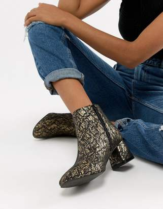 dacadee9bbd Vero Moda Women s Boots - ShopStyle