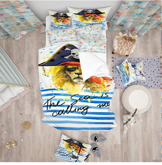 Designart 'Pirate Tiger In Hat The Sea Is Calling Me' Modern Kids Duvet Cover Set - Twin Bedding