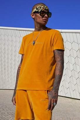 boohoo Velour MAN Signature T-Shirt & Short Set