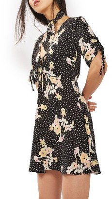 Women's Topshop Floral Spot Tie Tea Dress $90 thestylecure.com