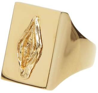 Schield Pussy Ring