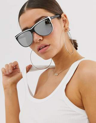 Quay hollywood nights aviator sunglasses in black and white