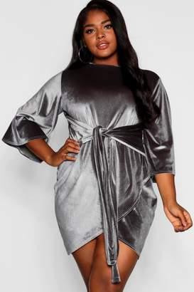 boohoo Plus Velvet Kimono Sleeve Tie Waist Wrap Dress