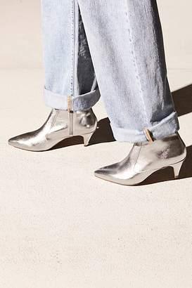 Jane & The Shoe Kizzy Kitten Heel Boot