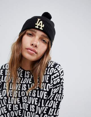 New Era Beanie With Gold La Embroidery