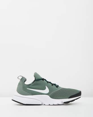 at the iconic nike presto fly men s