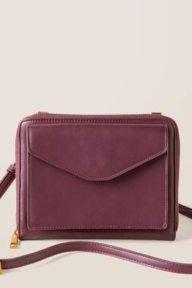 francesca's Merida Cossbody Wallet - Burgundy