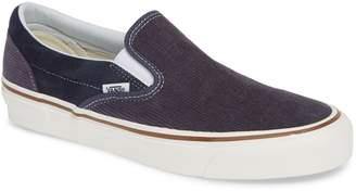 Vans Classic 98 DX Slip-On Sneaker