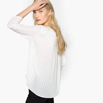 Vero Moda Embroidered Round Neck Blouse with 3/4 Length Sleeves