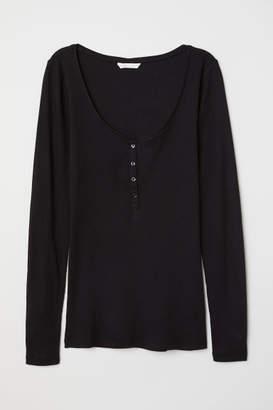 H&M Henley Shirt - Black