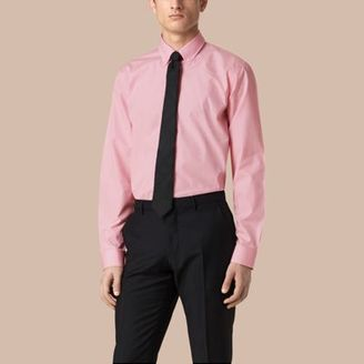 Burberry Modern Fit Button-down Collar Gingham Cotton Shirt $335 thestylecure.com