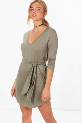boohoo V Neck Tie Belt Shift Dress