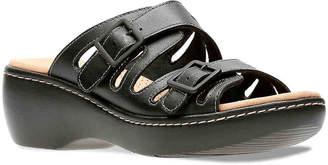 Clarks Delana Wedge Sandal - Women's