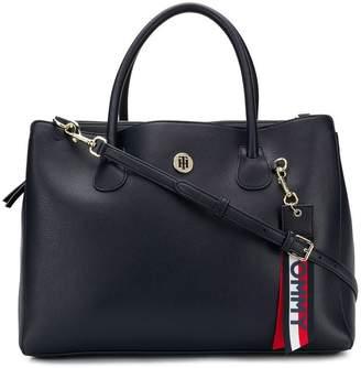 Tommy Hilfiger keyring detail shoulder bag