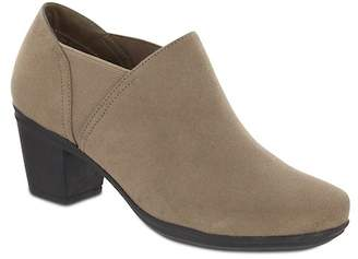 MIA AMORE Kendraa Vegan Suede Ankle Boot