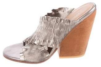 A Détacher Leather Slide Sandals Silver A Détacher Leather Slide Sandals