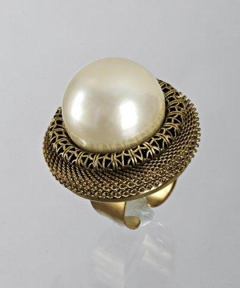 Lenora Dame cream Czech pearl cocktail ring