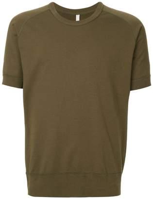 Attachment raglan sleeve T-shirt