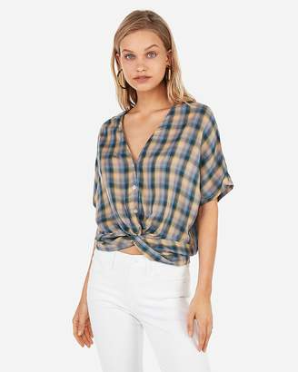 6e01caa314ee8 Express V-Neck Twist Front Banded Bottom Blouse