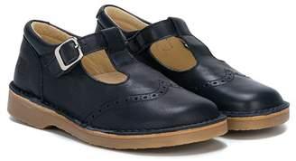 Douuod Kids closed toe sandals