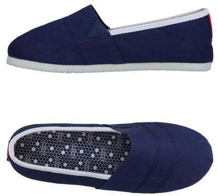 CHEIW Low-tops & sneakers