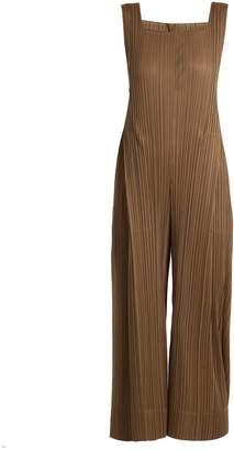Pleats Please Issey Miyake Square-neck sleeveless jumpsuit