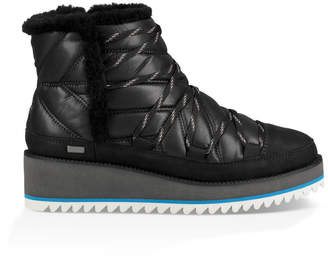 UGG Women's Cayden Waterproof Snow Boot