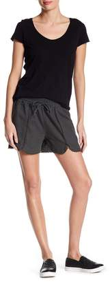 Susina Linen Blend Tulip Hem Shorts (Regular & Petite)