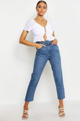 boohoo Self Fabric Buckle High Rise Straight Jean