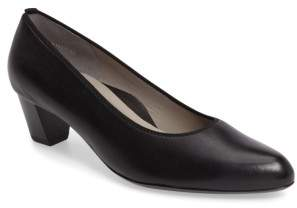 ara Kelly Pump