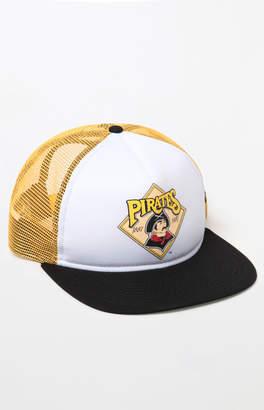 New Era Pirates Snapback Trucker Hat