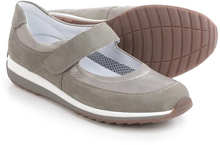 AraAra Harper Sporty Mary Jane Shoes - Nubuck (For Women)