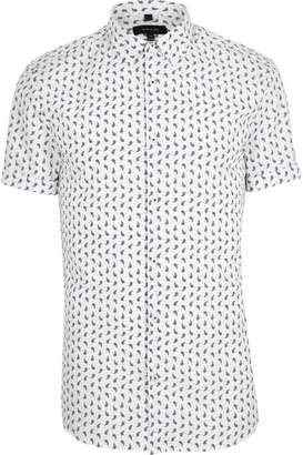 River Island Mens White paisley short sleeve muscle fit shirt