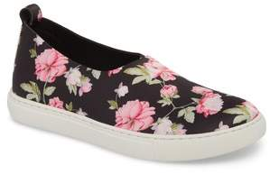 Kenneth Cole New York Kathy Slip-On Sneaker