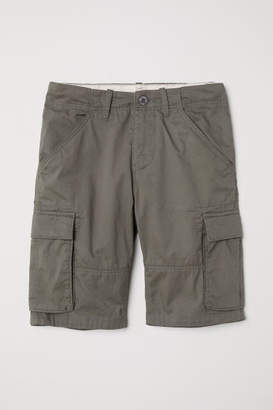 H&M Knee-length Cargo Shorts - Green