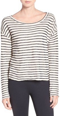 O'Neill 'Adventure' Crop Pullover $49.50 thestylecure.com