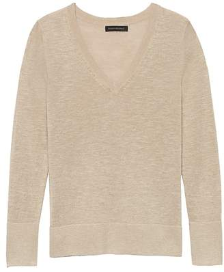 Banana Republic Petite Linen-Blend V-Neck Sweater