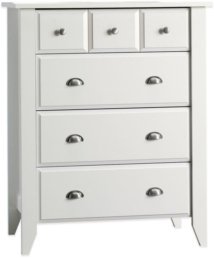 Child Craft Child CraftTM Relaxed Traditional 4-Drawer Chest in White