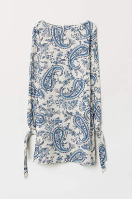 H&M Dress with Tie Sleeves - White