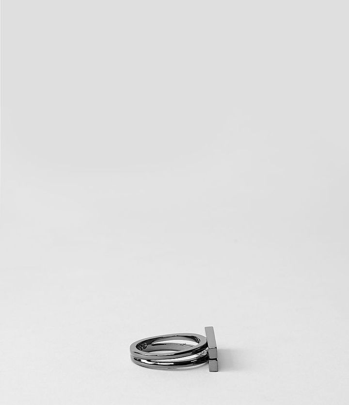 Duchamp Ring