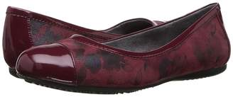 SoftWalk Napa Women's Flat Shoes