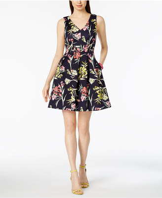 Vince Camuto Floral Printed Fit & Flare Pocket Dress